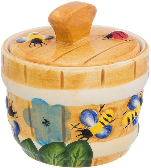 Горшочек для меда Elan Gallery Пчелки на лугу, 300 мл110952Горшочек для меда - удобный предмет для хранения любимого лакомства в оригинальном исполнении. Дополнит облик вашей кухни и прекрасно впишется в интерьер. Станет отличным подарком для любой хозяйки.