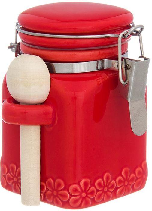 Баночка для специй Elan Gallery С цветами, цвет: красный, с зажимом и ложкой, 160 мл110956Баночка для специй - удобный предмет для хранения приправ в оригинальном исполнении. Дополнит облик вашей кухни и прекрасно впишется в интерьер. Станет отличным подарком для любой хозяйки. Объем 160 мл.