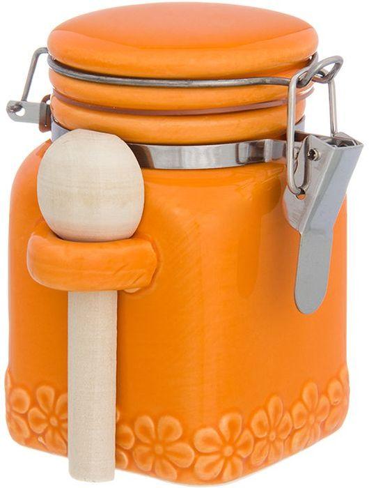 Баночка для специй Elan Gallery С цветами, цвет: оранжевый, с зажимом и ложкой, 160 мл110957Баночка для специй - удобный предмет для хранения приправ в оригинальном исполнении. Дополнит облик вашей кухни и прекрасно впишется в интерьер. Станет отличным подарком для любой хозяйки. Объем 160 мл.