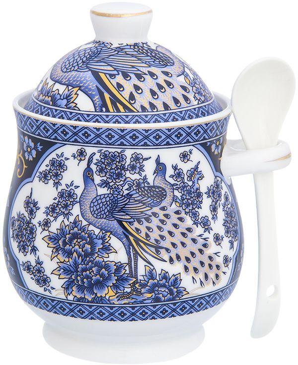 Горшочек для меда Elan Gallery Павлин синий, с ложкой, 400 мл740443Горшочек для меда - удобный предмет для хранения любимого лакомства в оригинальном исполнении. Дополнит облик вашей кухни и прекрасно впишется в интерьер. Станет отличным подарком для любой хозяйки.