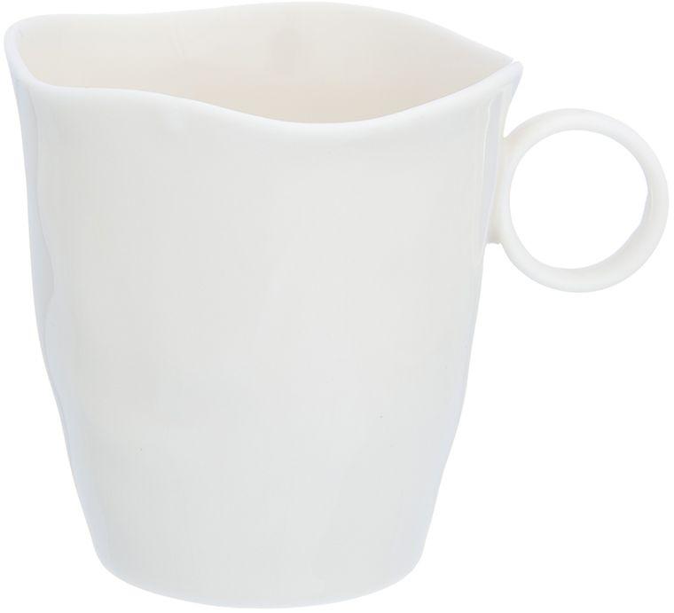 Кружка Elan Gallery Бежевый, 320 мл760036Оригинальная кружка подойдет для чая, кофе и других напитков. Удобна в использовании благодаря устойчивой форме. Изделие имеет подарочную упаковку.
