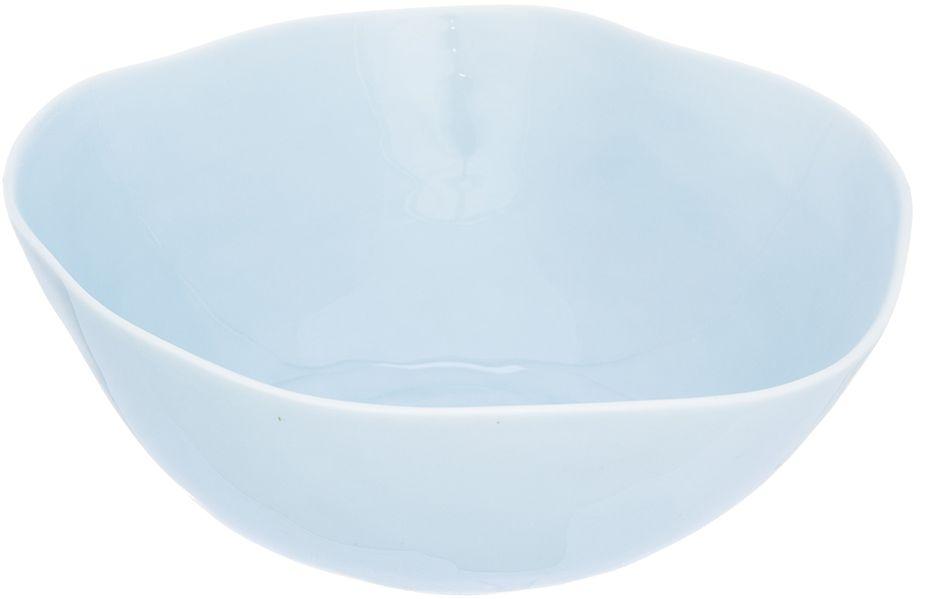 Салатник Elan Gallery Морозное небо, 19,5 х 19,5 х 8 см760041Салатник Elan Gallery, изготовленный из высококачественного фарфора, оригинально украсит ваш стол или кухню. Прекрасно подойдет для подачи различных блюд: закусок и салатов. Также может использоваться в качестве фруктовницы и конфетницы.Такой салатник украсит ваш праздничный или обеденный стол, а оригинальное исполнение понравится любой хозяйке.Не рекомендуется применять абразивные моющие средства. Не использовать в микроволновой печи.