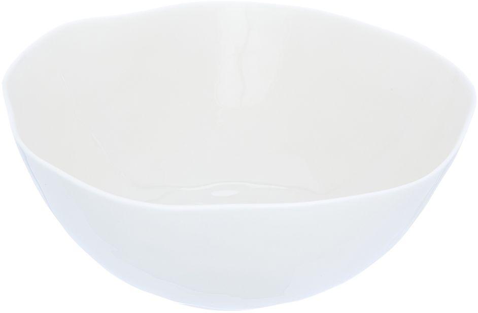 Салатник Elan Gallery Бежевый, 19,5 х 19,5 х 8 смРП-3228Салатник Elan Gallery, изготовленный из высококачественного фарфора, оригинально украсит ваш стол или кухню. Прекрасно подойдет для подачи различных блюд: закусок и салатов. Также может использоваться в качестве фруктовницы и конфетницы.Такой салатник украсит ваш праздничный или обеденный стол, а оригинальное исполнение понравится любой хозяйке.Не рекомендуется применять абразивные моющие средства. Не использовать в микроволновой печи.