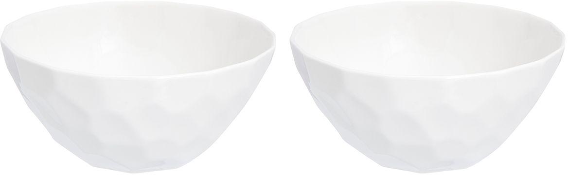 Набор салатников Elan Gallery Айсберг, 550 мл, 2 предмета950063Набор из двух превосходных салатников очень удобны в использовании. Благодаря традиционной форме удобно сервировать горячее, салаты, фрукты, ягоды. Легко мыть, можно использовать в микроволновой печи, посудомоечной машине. Изделие имеет подарочную упаковку, поэтому станет желанным подарком для ваших близких!
