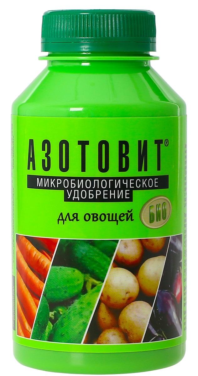 Удобрение микробиологическое Азотовит для овощей, 220 мл00-00000548Экологически чистое жидкое удобрение на основе живых бактерий, обеспечивающее растение биологическим азотом. Улучшает вкусовые качества, увеличивает урожайность, сроки хранения. Защищает от грибковых заболеваний, включая фитофторы. Обеспечивает растения естественными питательными веществам и оказывает мягкое, но мощное позитивное воздействие на их рост и развитие. Повышает урожайности до 40%, подавляющие действие на фитопатогенную микрофлору, фунгицидные свойства, обладают антистрессовым эффектом, что выражается в лучшей устойчивости обработанных растений к неблагоприятным климатических условиям (засуха, длительное переувлажнение, заморозки, перепады температур), а также- к солнечным и химическим ожогам и механическим повреждениям тканей.