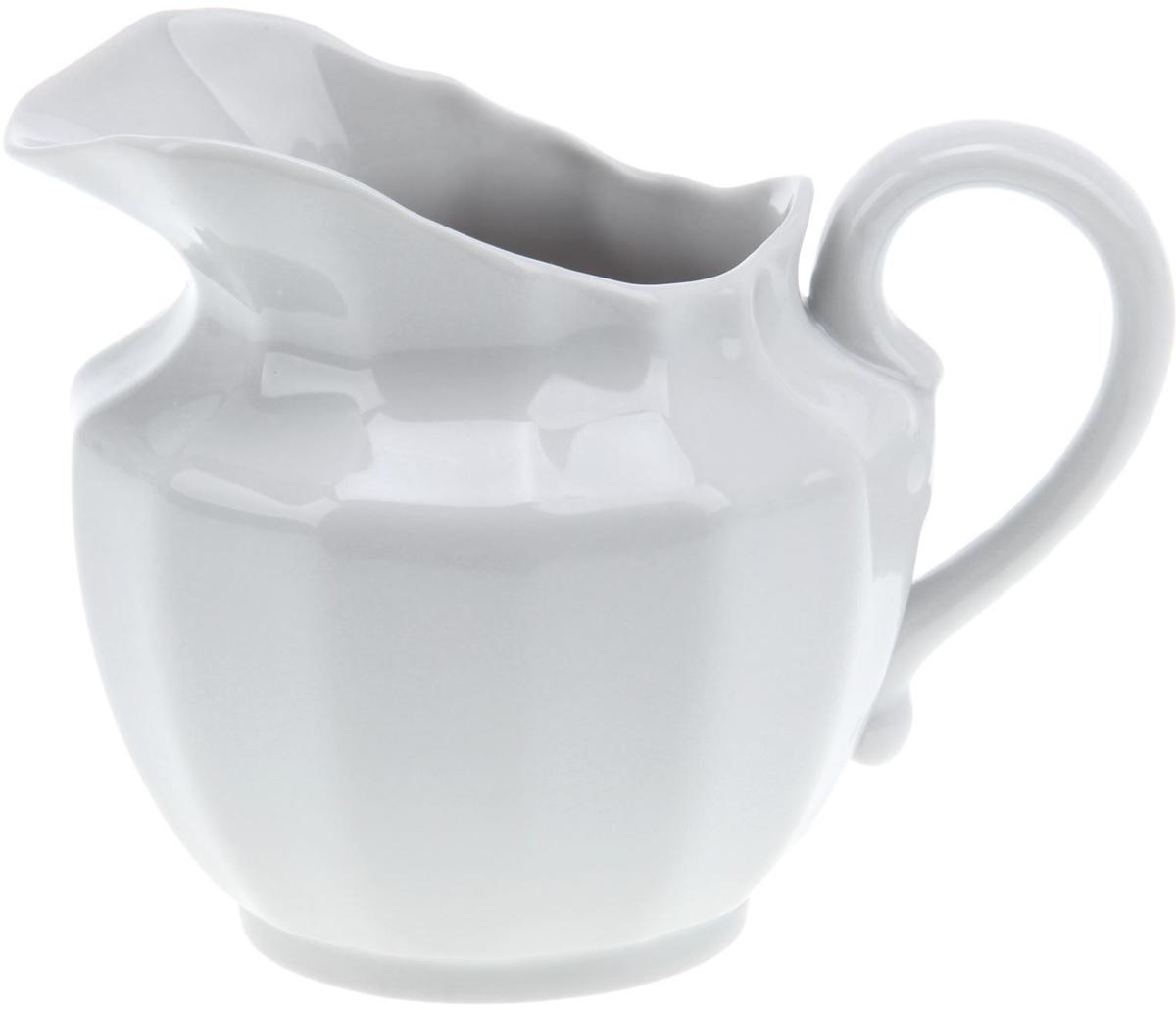 Сливочник Фарфор Вербилок. 13331871333187Сливочник Фарфор Вербилок выполнен из высококачественного фарфора.Это изделие предназначено для того, чтобы красиво и аппетитно подавать настол сливки или молоко к чаю, кофе, супу или фруктам.