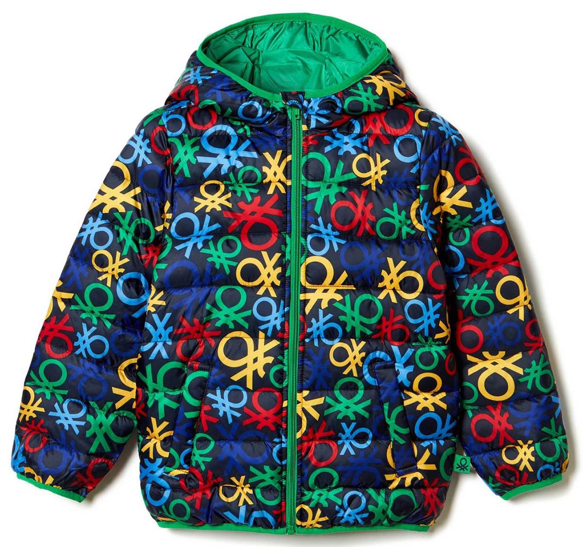 Куртка для мальчика United Colors of Benetton, цвет: синий. 2AQI53AD0_901. Размер 1202AQI53AD0_901Куртка для мальчика United Colors of Benetton выполнена из полиэстера. Модель с капюшоном и длинными рукавами застегивается на застежку-молнию.