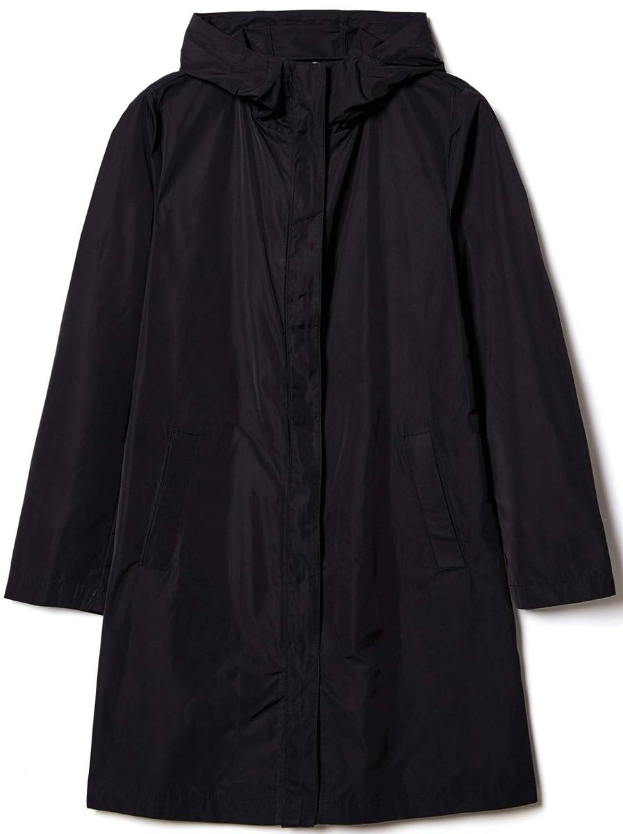 Куртка женская United Colors of Benetton, цвет: черный. 2EH1533K5_100. Размер 482EH1533K5_100Куртка женская United Colors of Benetton выполнена из полиэстера. Модель с капюшоном и длинными рукавами застегивается на комбинированную застежку.