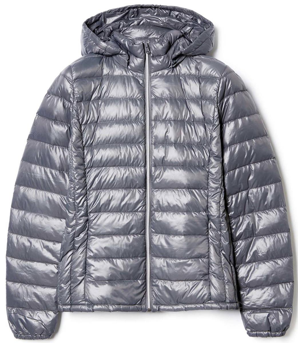 Куртка женская United Colors of Benetton, цвет: серый. 2RQ4532U4_61V. Размер 42 (44)2RQ4532U4_61VКуртка женская United Colors of Benetton выполнена из полиамида. Модель с капюшоном и длинными рукавами застегивается на застежку-молнию.