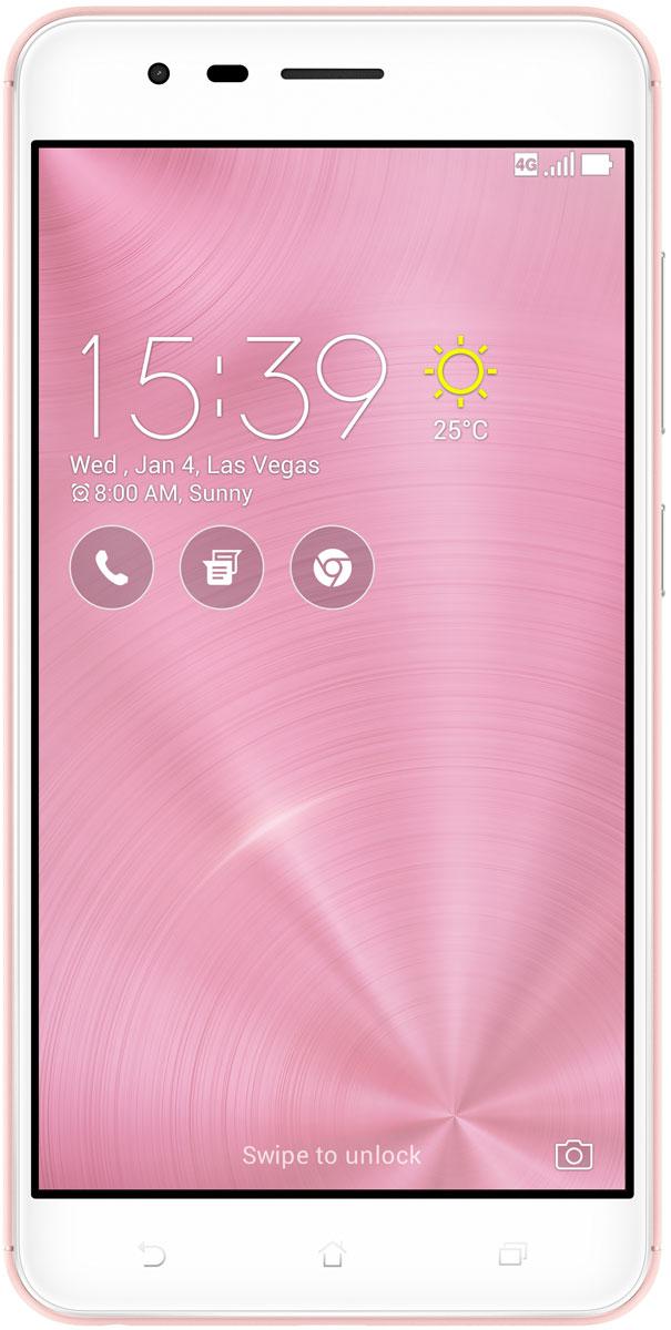 ASUS ZenFone 3 Zoom ZE553KL, Rose Gold90AZ01H4-M01460ASUS ZenFone 3 Zoom - это смартфон, в котором нет места компромиссам. Он идеально подходит для всех любителей мобильной фотографии, ведь новейшие технические достижения и инновационная двойная тыловая камера сочетаются в нем с энергоэффективным процессором Qualcomm Snapdragon S625 и аккумулятором емкостью 5000 мАч. Ловите памятные моменты в любое время и в любых условиях - вместе с ZenFone 3 Zoom!ZenFone 3 Zoom оснащается сразу двумя высококачественными тыловыми камерами. Основная имеет широкоугольный объектив с большой апертурой (f/1,7) и матрицу на 12 мегапикселей с поддержкой технологии ASUS SuperPixel. Она предназначена для съемки повседневных сцен, в том числе при низкой освещенности. Вторая камера - с тем же разрешением 12 мегапикселей и оптическим увеличением в 2,3 раза - служит для получения высококачественных снимков крупным планом. Переключение между камерами осуществляется моментально, а их сочетание дает потрясающую глубину резкости - и профессионально выглядящие фотоснимки.ZenFone 3 Zoom позволяет снимать высококачественные фотографии крупным планом с помощью системы 2,3-кратного оптического увеличения. Если же нужно подобраться к объекту съемки еще ближе, можно воспользоваться функцией цифрового увеличения, которая дает общее увеличение изображения в 12 раз.Камера с 2,3-кратным оптическим увеличением и фокусным расстоянием 59 мм способствует получению более качественных портретных снимков с уменьшенной глубиной резкости и перспективой.12-мегапиксельная камера ZenFone 3 Zoom выполнена на базе новейшего сенсора Sony IMX362 с крупными пикселями (1,4 мкм), обладает шестиэлементным объективом и широкой апертурой (f/1,7). Вместе с технологией ASUS SuperPixel, которая увеличивает светочувствительность до 2,5 раз, это позволяет делать качественные снимки в условиях низкой освещенности и даже ночью. Кроме того, камера поддерживает оптическую и электронную стабилизацию изображения для минимизации смазывания пр