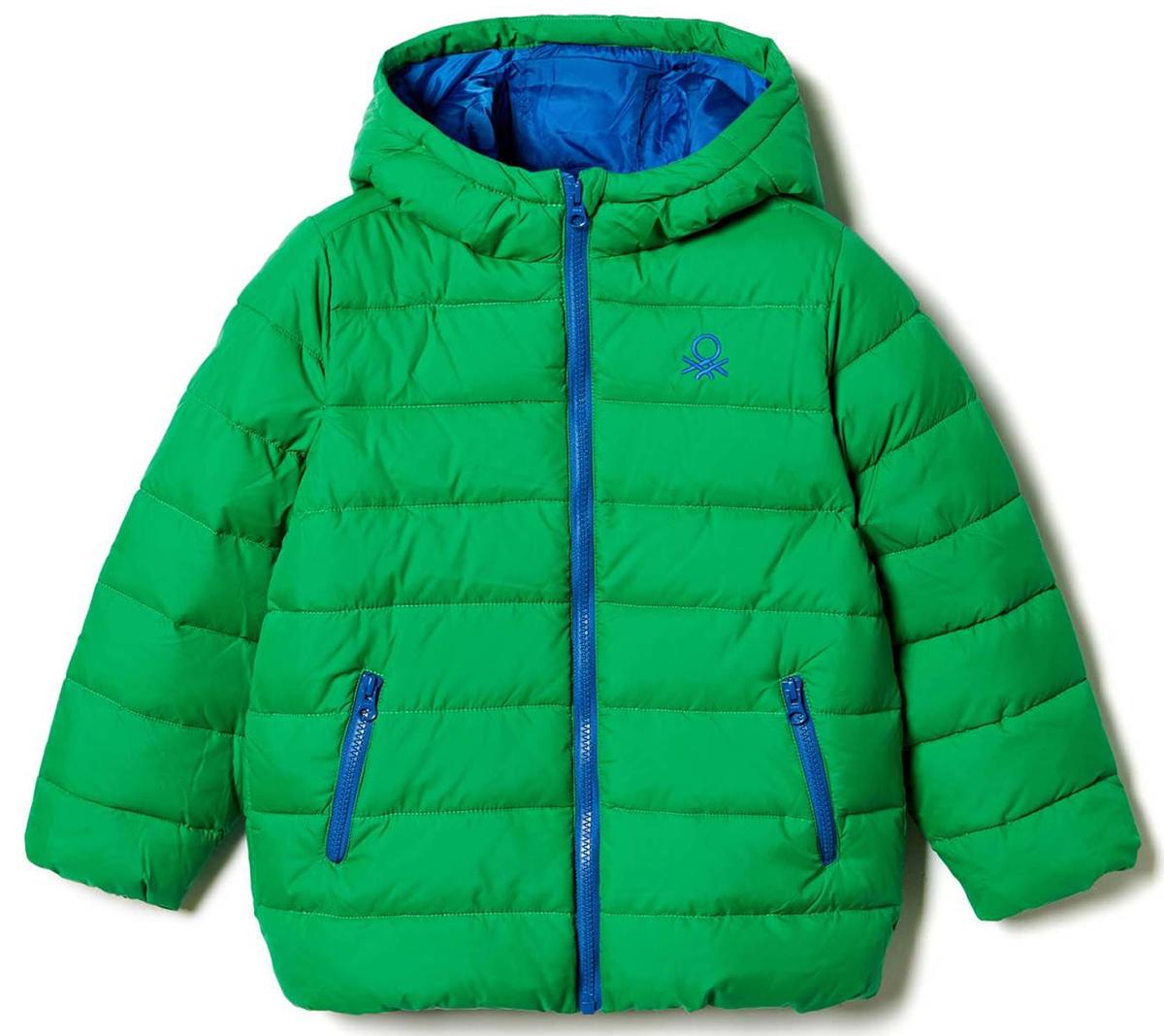 Куртка для мальчика United Colors of Benetton, цвет: зеленый. 2WU0539Q0_07K. Размер 902WU0539Q0_07KКуртка для мальчика United Colors of Benetton выполнена из полиэстера. Модель с капюшоном и длинными рукавами застегивается на застежку-молнию.