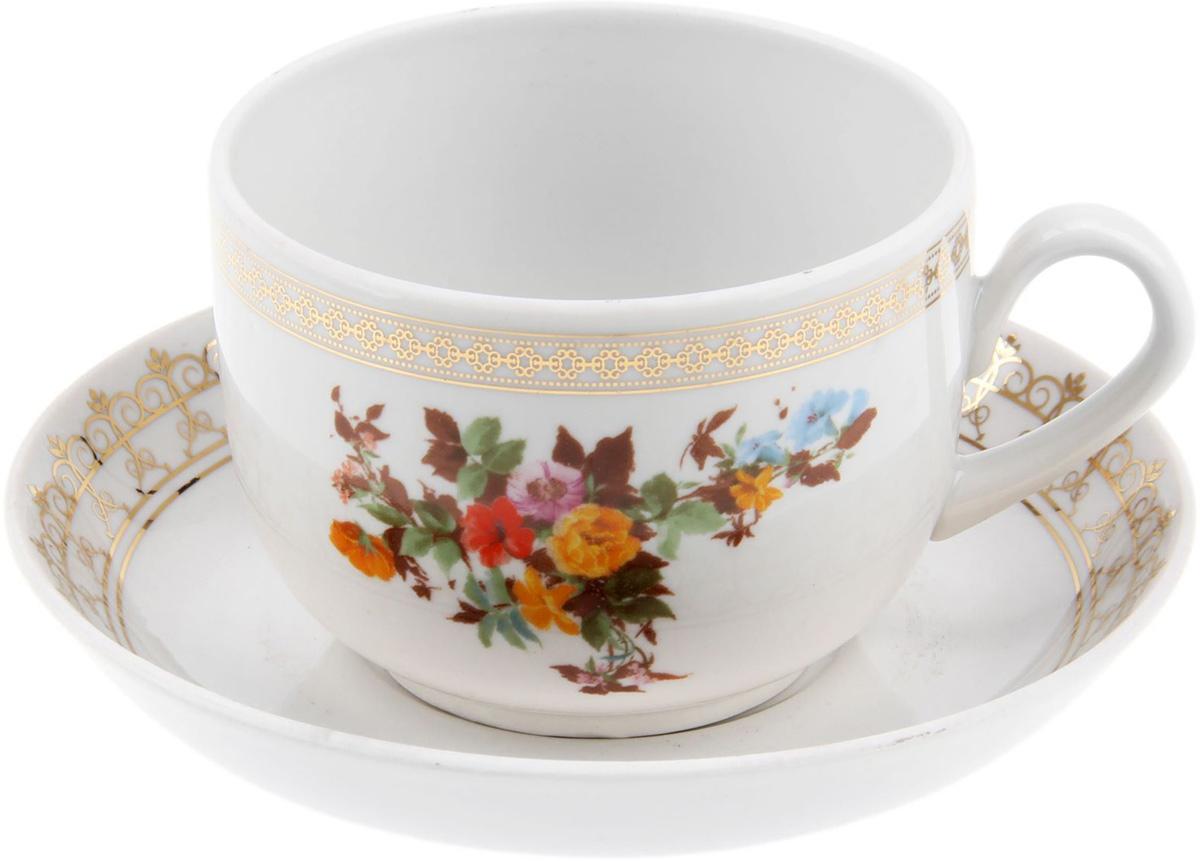 Чайная пара Фарфор Вербилок Беседка в саду, 2 предмета. 12595921259592Столовый фарфор будто создан для комфортного чаепития в приятной компании или наедине с собственными мыслями.Набор чайный 2 предмета: чашка, блюдце отличается обаятельным дизайном: изделия комплекта украшены ярким цветочным принтом, дарующим жизнерадостное настроение даже в пасмурный день.Изящные модели из аристократической керамики требует деликатного ухода. Мыть чашку необходимо с особой аккуратностью, придерживая изделие не только за ручку, но и за дно.