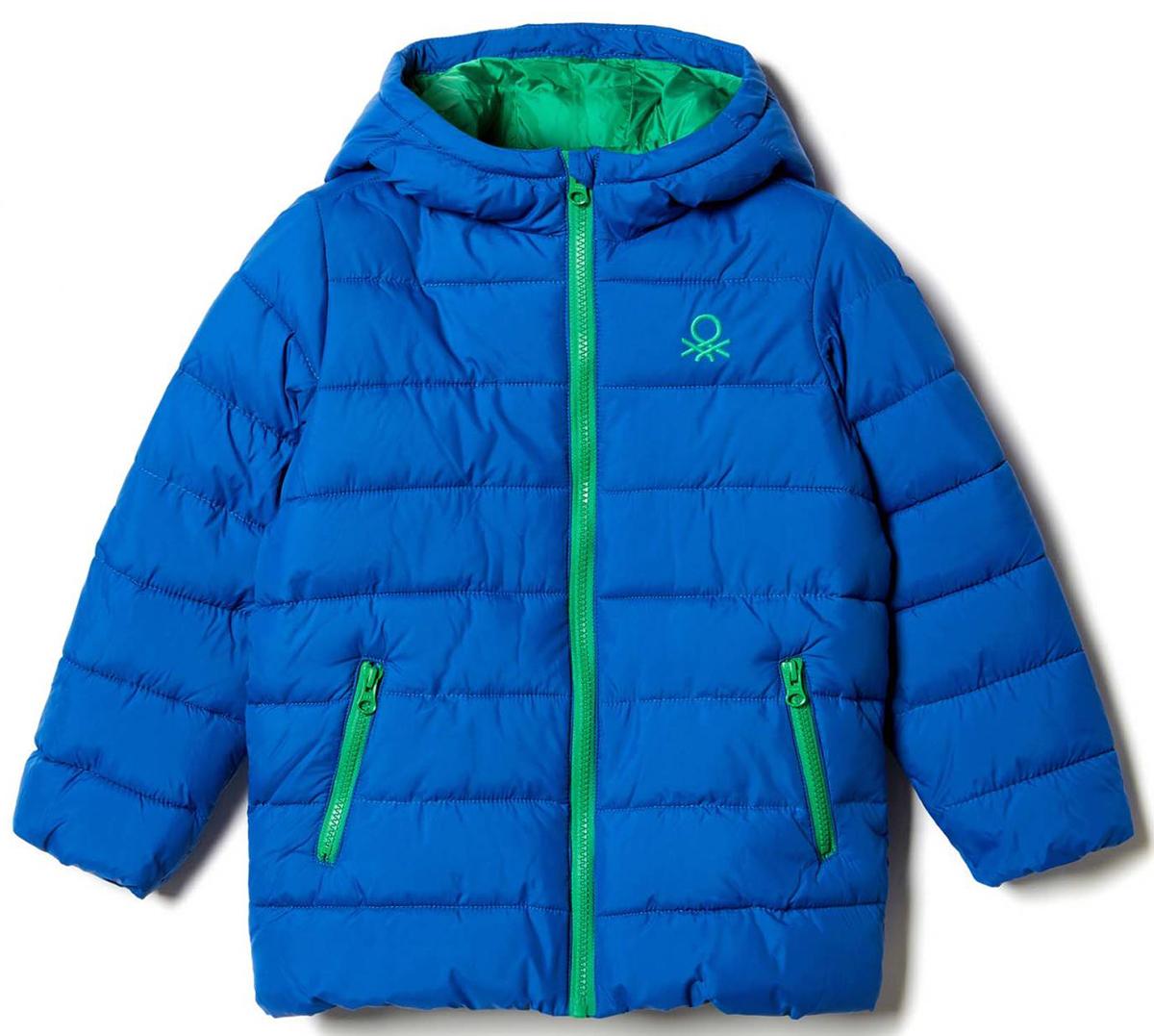 Куртка для мальчика United Colors of Benetton, цвет: синий. 2WU0539Q0_33M. Размер 822WU0539Q0_33MКуртка для мальчика United Colors of Benetton выполнена из полиэстера. Модель с капюшоном и длинными рукавами застегивается на застежку-молнию.