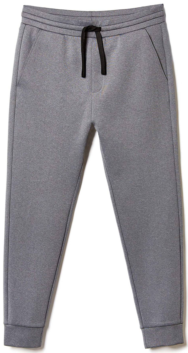Брюки мужские United Colors of Benetton, цвет: серый. 3DF2P0288_907. Размер S (46/48)3DF2P0288_907Стильные брюки идеально подойдут для отдыха и прогулок. Изготовленные из высококачественного материала, они необычайно мягкие и приятные на ощупь. Брюки на талии имеют широкую эластичную резинку.