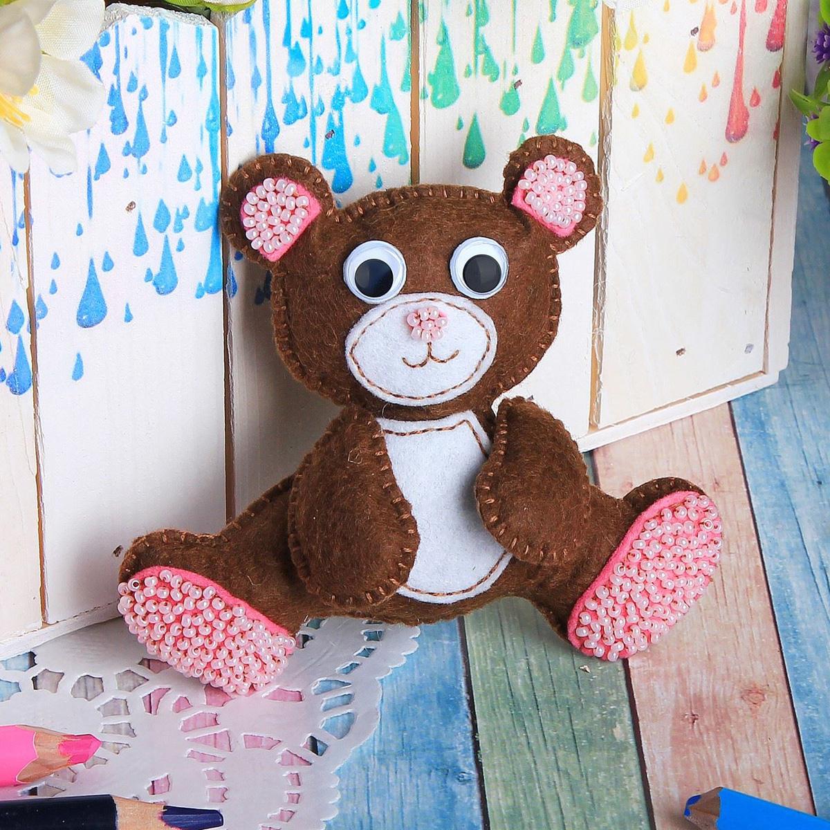 открытка медвежонок из фетра акцент, который достигается