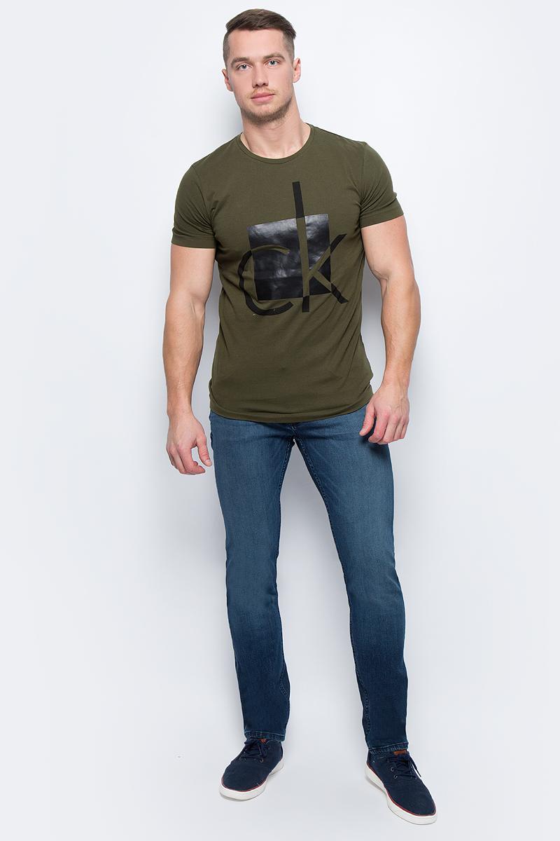 Футболка мужская Calvin Klein Jeans, цвет: зеленый. J30J306242_3660. Размер XXL (50/52)