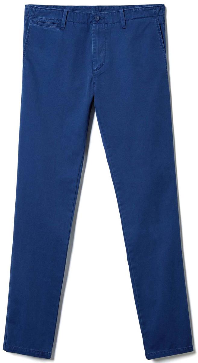 Брюки мужские United Colors of Benetton, цвет: синий. 4APN55AW8_0D2. Размер 504APN55AW8_0D2Стильные мужские брюки United Colors of Benetton выполнены из качественного материала. Брюки застегиваются на комбинированную застежку. Эти модные и в тоже время комфортные брюки послужат отличным дополнением к вашему гардеробу.