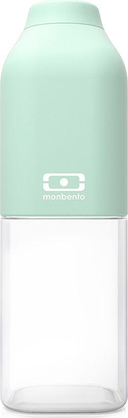 Бутылка для воды Monbento Positive, цвет: мятный, 500 мл1011 01 055Многоразовая привлекательная бутылка Monbento Positive станет идеальным компаньоном в спортзале, поездках и ежедневных приключениях! Благодаря своей квадратной форме бутылка легко помещается в любую сумку и позволяет экономить пространство. Вы можете пить больше воды и поддерживать водный баланс организма в любом месте и в любое время. Бутылка выдерживает температуры от -30° до 120°C, что позволяет наливать в нее холодный лимонад или воду, свежевыжатый сок, чай, кофе, а также любые газированные напитки. Крышечка бутылки плотно фиксируется и обеспечивает полную герметичность. Вещи и сумка будут в целости и сохранности, у напитков просто нет шансов протечь. Пищевой пластик Тритан безопасен для жизни человека и не выделяет химические вещества даже при экстремальных температурах (вот почему его часто используют для изготовления детских бутылочек). Он очень легкий, не пачкается и не имеет запаха. Бутылочку легко мыть как в раковине, так и в посудомоечной машине. Кроме того, этот материал является перерабатываемым, а значит, помогает охранять окружающую среду. Бутылочка Monbento Positive имеет специальное покрытие soft touch protect, приятное и гладкое на ощупь. Покрытие обладает высоким уровнем ударостойкости: не протирается и не царапается. Благодаря этому бутылочка сохранит свой прекрасный внешний вид и прослужит вам очень долго.