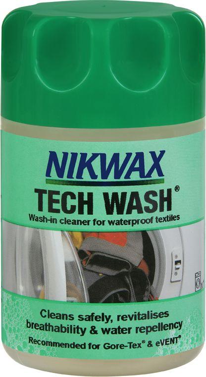 Средство для стирки NikWax Loft Tech Wash, 150 мл22616Для стирки любого типа одежды, кроме пуха, от флиса, изделий из материалов Gore-Tex, Sympatex, Ultrex, Entrant, дышащих нейлоновых тканей, брезента, хлопка до утепленных изделий используйте NikWax Loft Tech Wash.NikWax Loft Tech Wash - не являющееся моющим средством, разлагаемое микроорганизмами жидкое мыло, которое удаляет грязь и остатки моющих средств и, в то же время, не повреждает водоотталкивающее покрытие.Перед повторным приданием водонепроницаемости всю одежду необходимо предварительно чистить с помощью NikWax Loft Tech Wash (также можно использовать неразведенным для неподатливых загрязнений).
