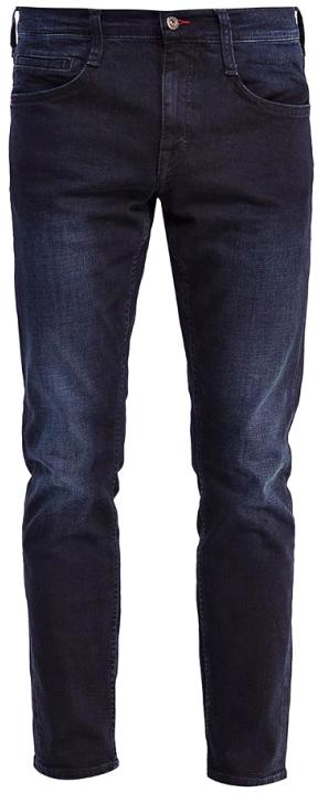Джинсы мужские Mustang Oregon Tapered, цвет: синий. 3116-5764-086_5000-883. Размер 33-34 (48/50-34)3116-5764-086_5000-883Джинсы MUSTANG изготовлены из качественного материала на основе хлопка. Джинсы застегиваются на пуговицу в поясе и ширинку на застежке-молнии, дополнены шлевками для ремня. Спереди модель оформлена двумя втачными карманами и одним маленьким накладным, сзади - двумя накладными карманами. Изделие дополнено декоративными потертостями.