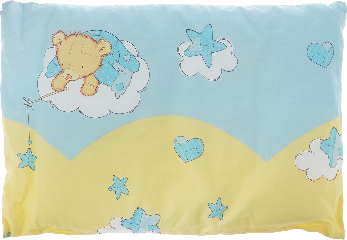 Сонный гномик Подушка детская цвет желтый голубой 60 х 40 см555Х_желтый, голубойДетская подушка Сонный гномик изготовлена из бязи - 100% хлопка и создана для комфортного сна вашего малыша.Гипоаллергенные ткани - это залог спокойствия, здорового сна малыша и его безопасности. Наполнитель - синтепон (100% ПЭ) позволит коже ребенка дышать, создавая естественную вентиляцию. Мягкий и воздушный, он будет правильно поддерживать головку ребенка во время сна. Ткань наволочки - нежная и одновременно износостойкая - прослужит вам долгие годы.Уход: не гладить, только ручная стирка, нельзя отбеливать, нельзя выжимать и сушить в стиральной машине, химчистка запрещена.