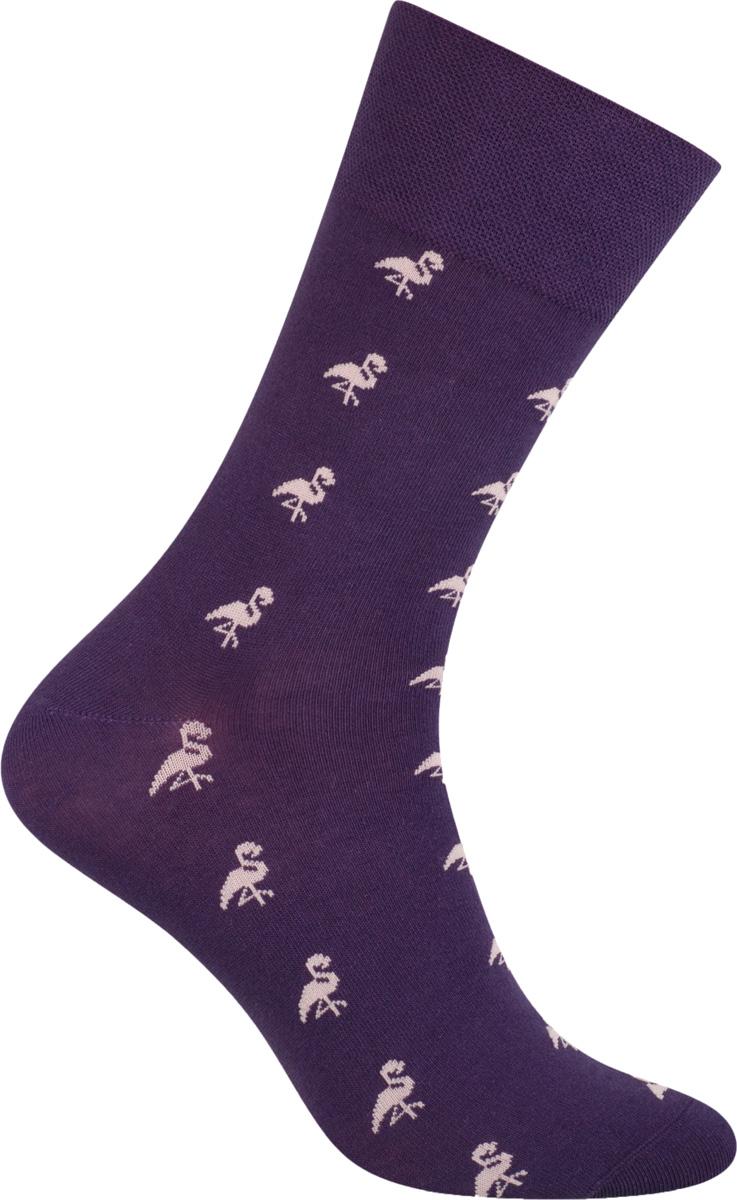 Носки мужские More, цвет: фиолетовый. 051 (040). Размер 39/42051 (UG040)Стильные деловые мужские носки More изготовлены из высококачественного хлопка, они приятны на ощупь, не раздражают кожу, позволяя ей дышать. Модель отлично облегает стопу. Имеют удобную не сдавливающую резинку.Изделие дополнено принтом.
