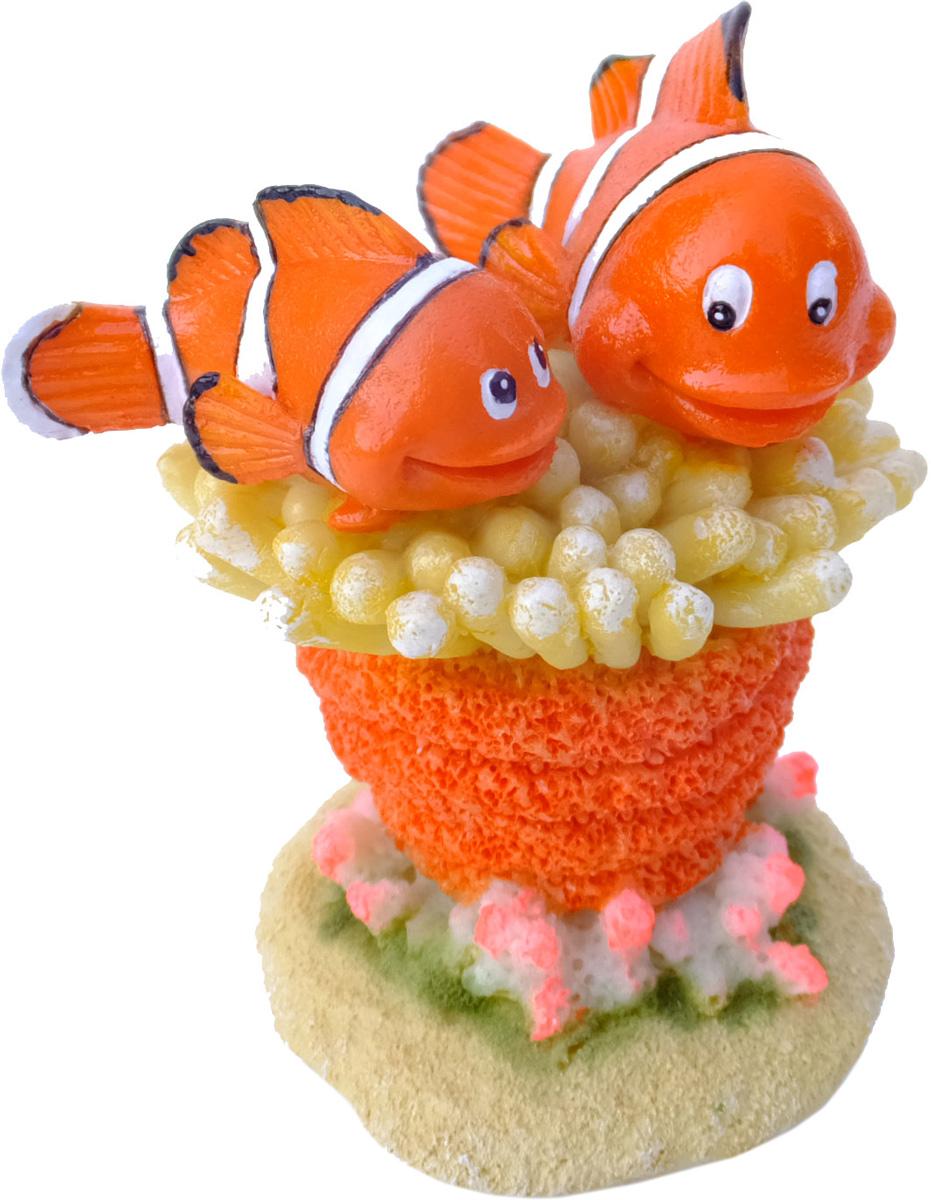 Грот Meijing Aquarium Немо и Марлин. EBI-382EBI-382Аквариумный грот – это отличный элемент дизайна. Оригинальные аквариумные украшения придают подводному ландшафту завершенный вид, что крайне важно, ведь одной из главнейших функций аквариума в интерьере является функция эстетическая. Но декорация-грот – это еще и прекрасное укрытие для рыбок и иных обитателей подводного мира. Особенно – в том случае, если кто-либо из ваших питомцев проявляет излишнюю агрессивность по отношению к соседям. В таком случае грот для аквариума окажется совершенно незаменимым. Грот Meijing Aquarium прекрасно впишется в любой интерьер аквариума. А в сочетании с другими элементами декора сделает среду обитания ваших рыбок максимально приближенной к морской среде. Декорация абсолютно безвредна для рыб и растений. Грот тонет и не требует дополнительной фиксации в аквариуме. Может использоваться как в пресной, так и в морской воде. Изделие не токсично, не тускнеет и не теряет цвета, краска не облазит.
