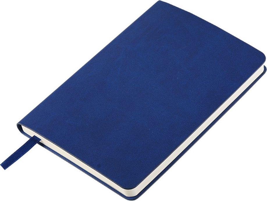 Portobello Trend Ежедневник недатированный Sky 88 листов в линейку цвет синийLXX1621141-030Мягкая обложка выполнена из материала вельвет с чуть заметно проступающей фактурой нубука. На ощупь гладкая. Форзацы – цветные. Цвета-компаньоны форзацев и срезов подобраны идеально, что предполагает гармоничное визуальное восприятие. Срез ежедневника не окрашен.