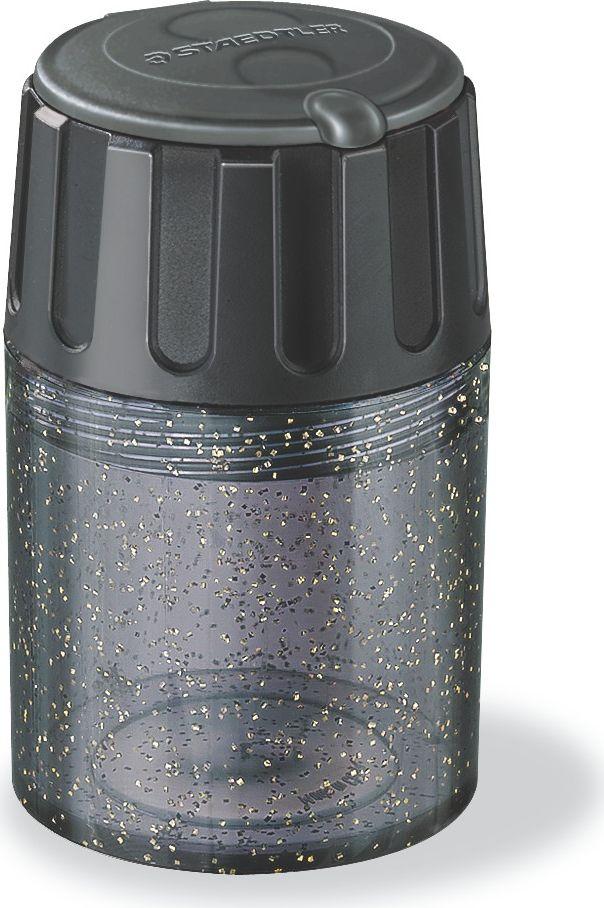 Staedtler Точилка Бочонок цвет черный 2 гнезда5134_черныйТочилка пластиковая с двумя отверстиями предназначена для чернографитовых карандашей диаметром до 8,2 мм с углом заточки 30° для широких и мягких линий, а также для чернографитовых и цветных карандашей утолщенного диаметра до 11 мм с углом заточки 30°. Металлическая затачивающая часть. Закрытая конструкция предотвращает высыпание мусора во время заточки. Безопасный крепеж крышки.