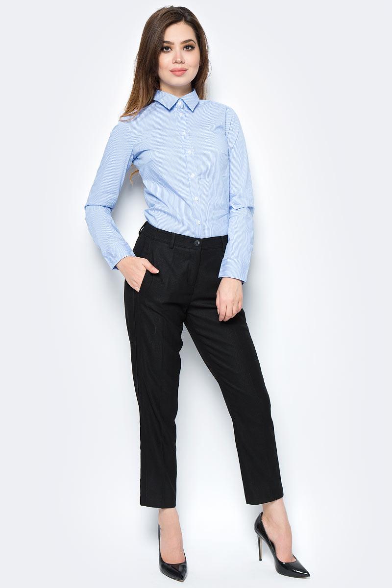 Брюки женские United Colors of Benetton, цвет: черный. 4UR7556A5_700. Размер 38 (40)4UR7556A5_700Стильные женские брюки United Colors of Benetton созданы специально для того, чтобы подчеркивать достоинства вашей фигуры. Брюки застегиваются на комбинированную застежку. Эти модные и в тоже время комфортные брюки послужат отличным дополнением к вашему гардеробу.