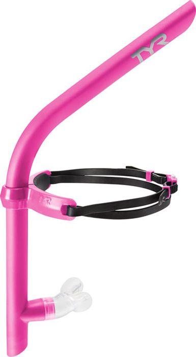 Трубка для плавания Tyr Ultralight Junior Snorkel, цвет: розовый. LSNRKLJRLSNRKLJRТрубка для плавания TYR Ultralight Junior Snorkel - это спортивный тренажер, предназначенный для освоения и усовершенствования техники плавания, который позволяет во время тренировок сосредоточиться на правильной технике плавания и не думать о дыхании. Трубка располагается по центру головы пловца и не мешает правильному исполнению гребка. Трубка изготовлена из легкого и прочного гипоаллергенного материала. Трубка имеет удобный эргономичный загубник и снабжена односторонним клапаном для свободного дыхания. В наборе с трубкой идут два регулятора для поступления воздуха, на 40% – желтая и на 70% – оранжевая. Эти регуляторы помогают в работе над увеличением легких.