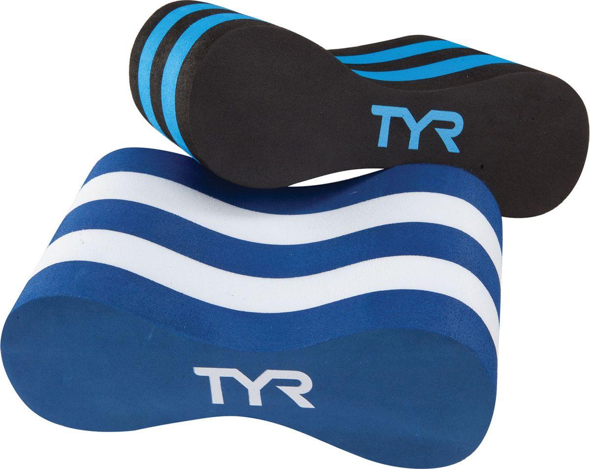 Колобашка Tyr Junior Pull Float, цвет: голубой, белый, черный. LJPFLJPFКолобошка изготовлена из легких материалов и прекрасно держит ноги на воде, обеспечивая возможность отрабатывать технику рук. Высококачественный материал гарантирует долгий срок ее службы. Отличный вариант для тренировок в бассейне.