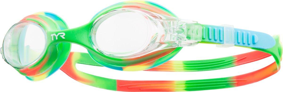 Очки для плавания Tyr Swimple Tie Dye, цвет: прозрачный, зеленый, оранжевый. LGSWTDLGSWTDДетские очки для плавания TYR Swimple Tie Die предназначены как для тренировок, так и для активного отдыха. Прочный, гипоаллргенный силиконовый уплотнитель способствует комфортной посадке очков для плавания. Специальные линзы из поликарбоната с защитой от разбития на мелкие осколки, покрыты антизапотевающим составом и защищены от ультрафиолетовых лучей. Двойной силиконовый ремешок удобен для использования детьми.