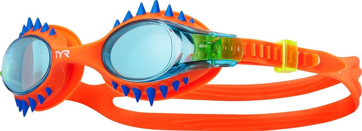 Очки для плавания TYR Swimple Spikes, цвет: голубой, оранжевый. LGSWSPKLGSWSPKДетские очки для плавания Tyr Swimple Spikes предназначены как для тренировок, так и для активного отдыха. Прочный, гипоаллргенный силиконовый уплотнитель способствует комфортной посадке очков для плавания. Специальные линзы из поликарбоната с защитой от разбития на мелкие осколки, покрыты антизапотевающим составом и защищены от ультрафиолетовых лучей. Двойной силиконовый ремешок удобен для использования детьми.