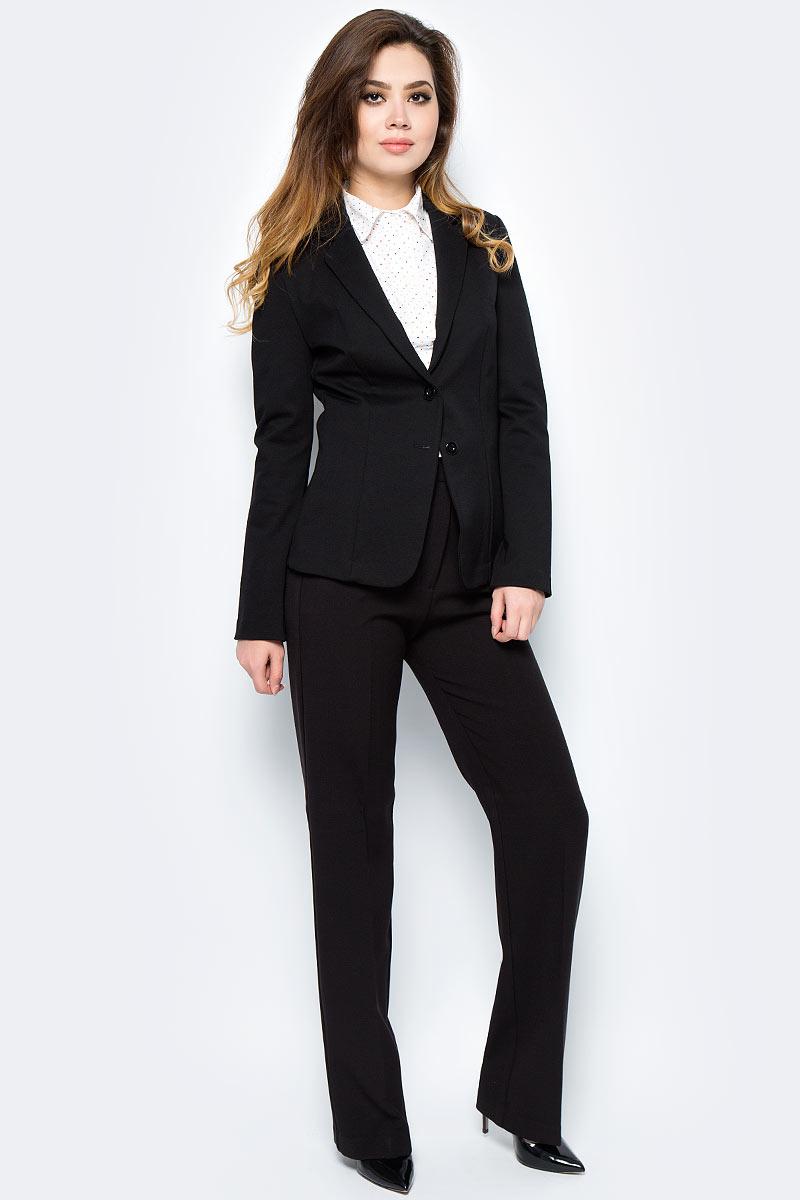 Пиджак женский United Colors of Benetton, цвет: черный. 2DI4522A5_100. Размер 40 (42)2DI4522A5_100Пиджак женский United Colors of Benetton выполнен из качественного материала. Модель с лацканами застегивается пуговицы.