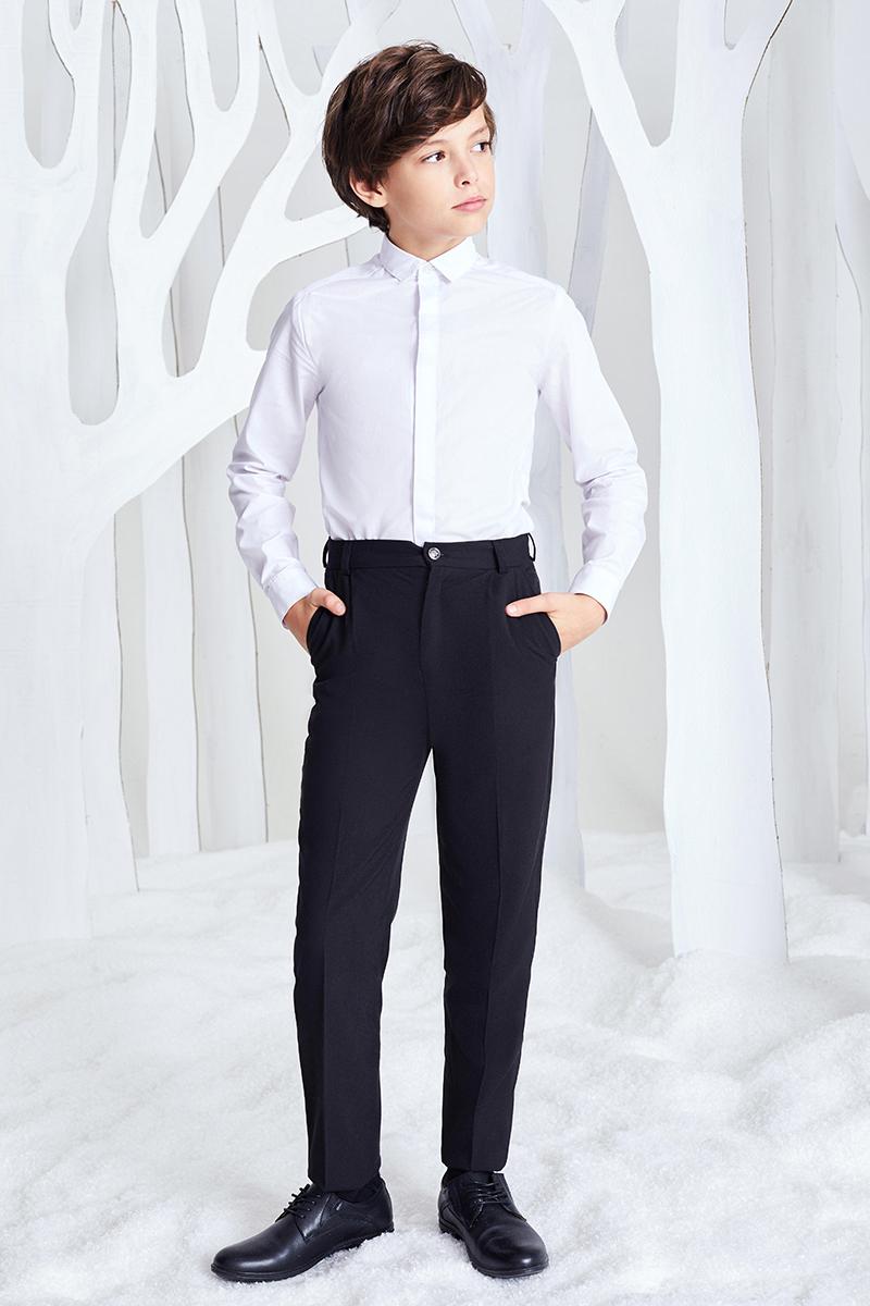Рубашка для мальчика Смена, цвет: белый. 16с249. Размер 134/14016с249Сорочка для торжественных случаев из смесового хлопка, с отложным воротником и длинными втачными рукавами с шлицей и манжетами. Модель застегивается на пуговицы.