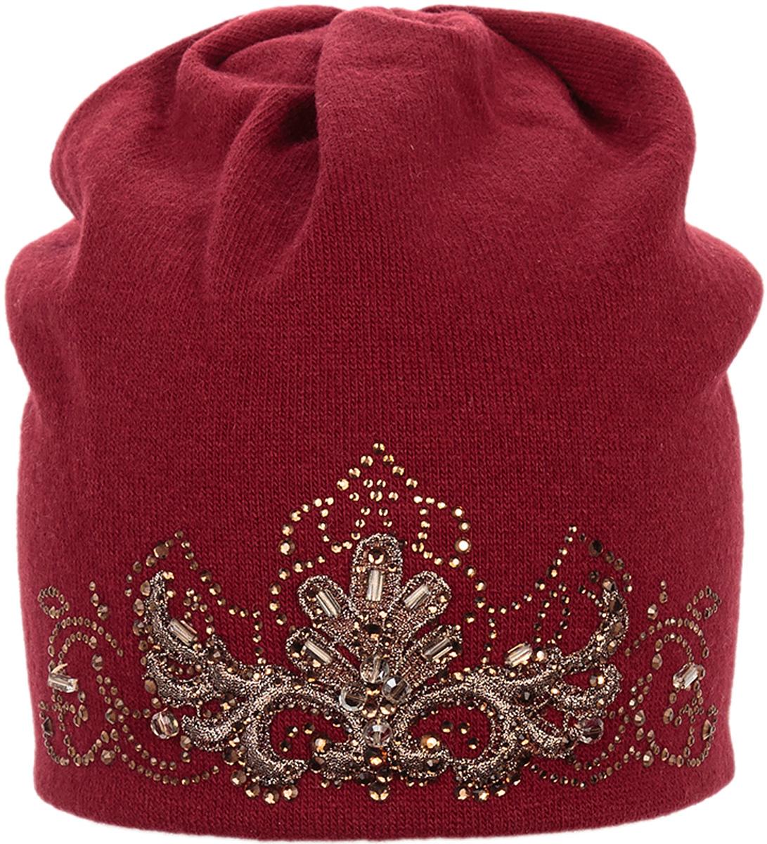 Шапка женская Level Pro Кристина, цвет: вишневый. 998092. Размер 56/58998092Стильная женская шапка Level Pro дополнит ваш наряд и не позволит вам замерзнуть в холодное время года. Шапка на флисовой подкладке выполнена из пряжи сложного состава с содержанием шерсти и акрила, что позволяет ей великолепно сохранять тепло и обеспечивает высокую эластичность и удобство посадки. Изделие оформлено вышивкой и стразами. Такая шапка составит идеальный комплект с модной верхней одеждой, в ней вам будет уютно и тепло.