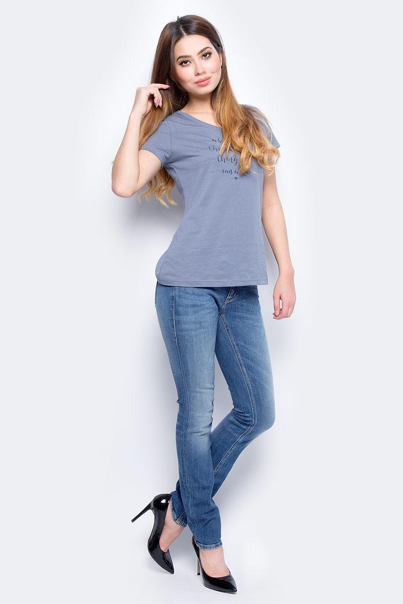 Джинсы женские Mustang Gina Skinny, цвет: синий. 3588-5039-536_5000-333. Размер 28-32 (44-32)3588-5039-536_5000-333Джинсы MUSTANG изготовлены из качественного материала на основе хлопка. Джинсы застегиваются на пуговицу в поясе и ширинку на застежке-молнии, дополнены шлевками для ремня. Спереди модель оформлена двумя втачными карманами и одним маленьким накладным, сзади - двумя накладными карманами. Изделие дополнено декоративными потертостями.