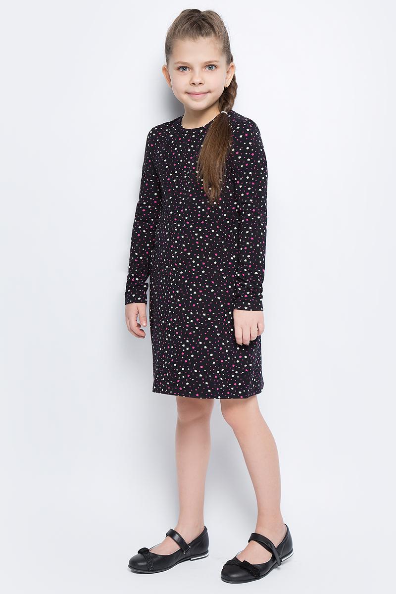Платье для девочки United Colors of Benetton, цвет: черный, розовый. 3DY2F12N6_922. Размер 1603DY2F12N6_922Платье для девочки United Colors of Benetton выполнено из эластичного хлопка. Модель с круглым вырезом горловины и длинными рукавами оформлена оригинальным принтом.