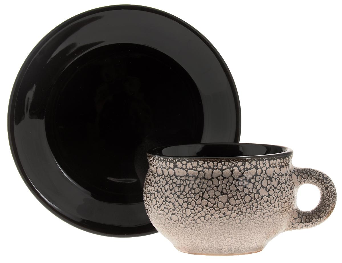 """Чайная пара """"Борисовская керамика"""" состоит из чашки и блюдца, изготовленных из высококачественной керамики. Яркий дизайн изделий, несомненно, придется вам по вкусу. Чайная пара """"Борисовская керамика"""" украсит ваш кухонный стол, а также станет замечательным подарком к любому празднику.  Диаметр чашки (по верхнему краю): 9,5 см. Высота чашки: 6,5 см. Диаметр блюдца (по верхнему краю): 16 см. Высота блюдца: 2,5 см. Объем чашки: 300 мл"""