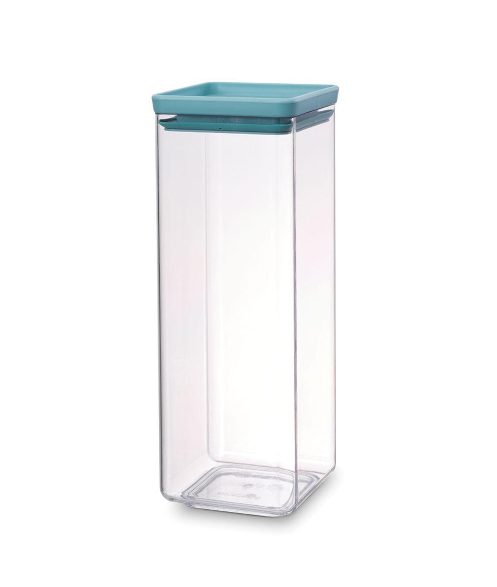 Контейнер для сыпучих продуктов Brabantia Tasty Colors, цвет: прозрачный, голубой, 2,5 л. 290169290169Контейнер для сыпучих продуктов Brabantia Tasty Colors занимает мало места - контейнеры имеют прямоугольную форму и составляются один на другой.Продукты надолго сохраняют свежесть и аромат - силиконовый уплотнитель.Хорошо видно содержимое и его количество.Легко моется - можно мыть в посудомоечной машине.Прочный и абсолютно прозрачный - изготовлен из пластика.