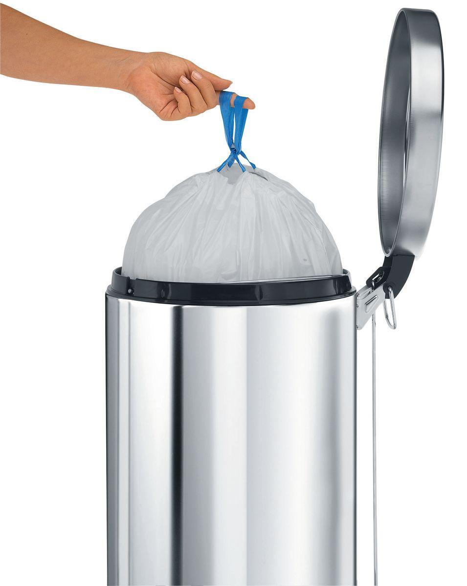 Мешки для мусора Brabantia, 20 л, 20 шт. 245329245329Удобно и быстро вкладываются и достаются из бака.Эстетичный вид – идеально подходят по размеру к мусорным бакам Brabantia, мешок не выступает наружу.Уникальная цветовая маркировка позволяет выбрать мешки нужного размера.Вентиляционные отверстия для удобства вкладывания в бак.Изготовлены из особо прочного полиэтилена (HDPE).Легко затягиваются и переносятся – специальная лента для стягивания горловины.Упаковка: 20 мешков в рулоне.