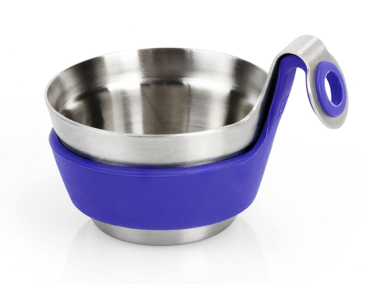 Подставка для сита Brabantia Чайный товарищ. 621123621123Насладитесь чашечкой ароматного чая вместе с предметами серии Get TogetherT4ONE! Посуда для сервировки стола серии Get Together подходит для любогослучая, а большой выбор цветов и размеров позволит создать ваш личный стиль.Чайный товарищ удобно размещается на чашке и предназначен для печеньяили конфет. Также его можно использовать для использованных чайныхпакетиков, что позволит избежать подтеков и пятен на столе. Чайный товарищ изготовлен из матовой нержавеющей стали с мягким наощупь силиконовым кольцом и подходит для повседневного использования.Всегда актуальный дизайн - подойдет для любого случая. Чайный товарищпрекрасно дополнят чайное сито, кружка и размешиватель для чая.