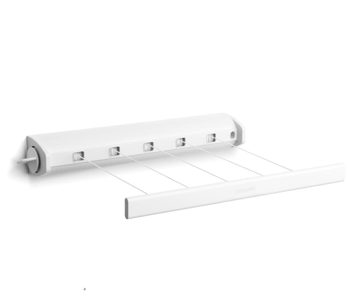 Сушилка для белья Brabantia, вытяжная, цвет: белый. 385728385728Навеска – 22 метра, нагрузка – 2,5 кг на бельевую веревку.Экономия места – компактная настенная вытяжная сушилка для белья.Удобна в использовании – веревки легко вытягиваются благодаряавтоматической системе вытяжения.Всегда туго натянутые веревки – автоматическая система фиксации.Подходит для использования в ванной комнате – изготовлена изкоррозионностойких материалов.Удобно крепится между двух стен (макс. 4,4 м).В комплекте крепежная фурнитура и инструкция по установке.
