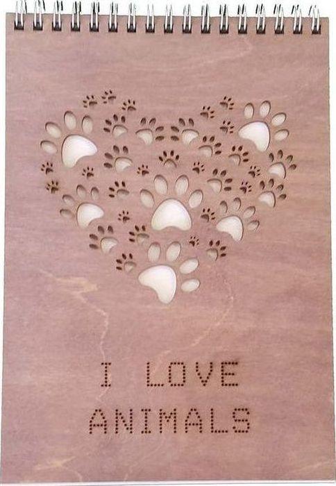 Decoriton Скетчбук I Love Animals А5 40 листов9596044Скетчбук I Love Animals, бумага для графики, цвет Слоновая кость, произведена в Европе, размер листа А5, деревянная обложка 3мм, цвет орех, серебряная спираль по короткой стороне. Рисовальная бумага для набросков и скетчей. Идеально подходит в работе с линерами и карандашами, а так же неспиртовыми маркерами. Деревянная обложка придает альбому прочность, защищает Ваши творения от механического воздействия и позволяет использовать блокнот как планшет.