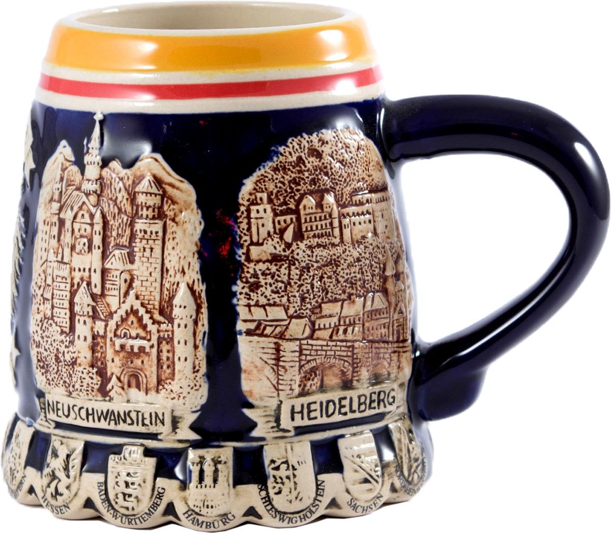 Кружка пивная коллекционная Burger Берлин, 650 мл. 114493114493Коллекционная пивная кружка BURGER Берлин из высококачественной керамики станет прекрасным подарком для любителей хмельных напитков.