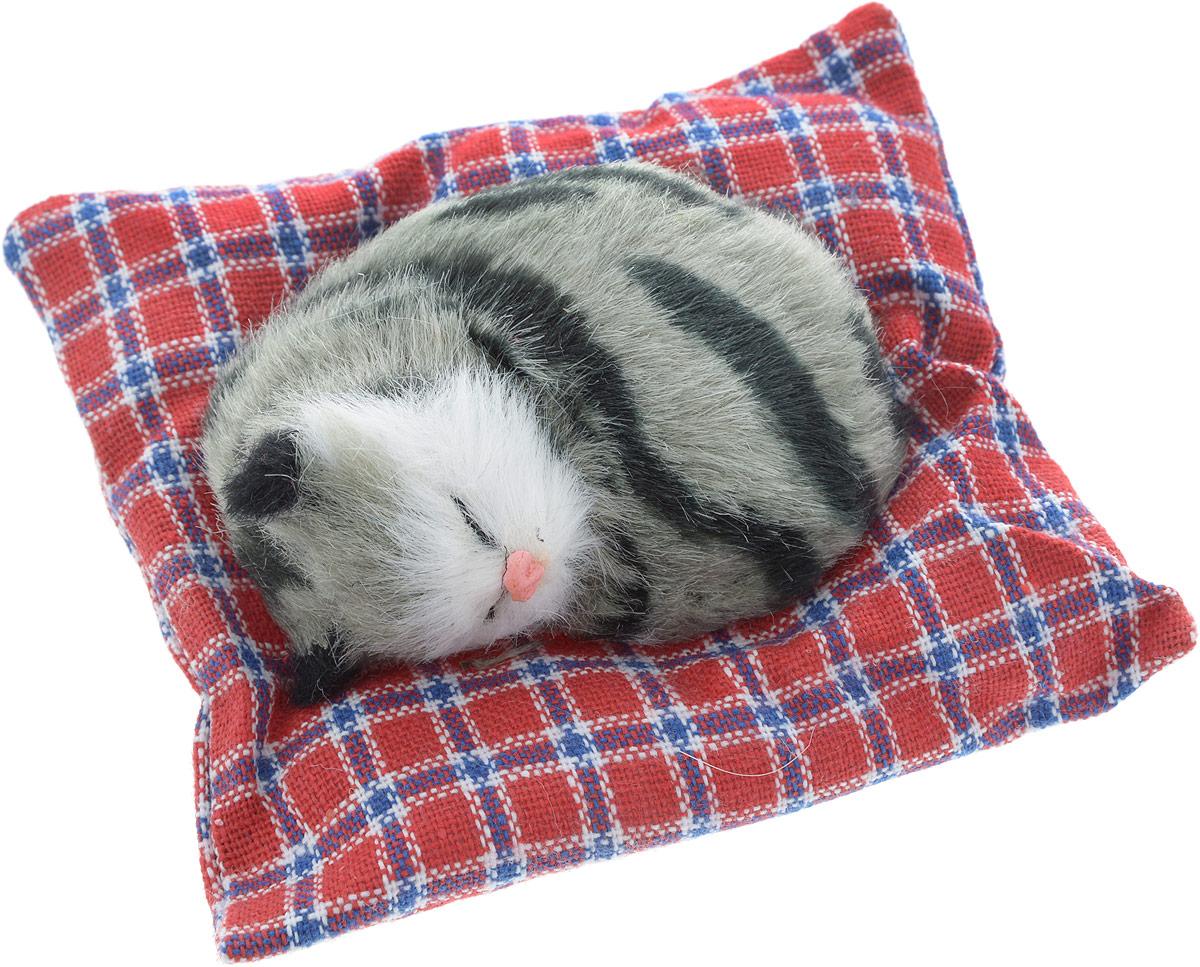 Vebtoy Фигурка Лежачий котенок на коврике цвет серый