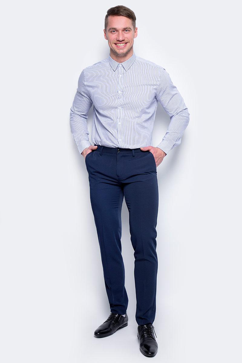 Брюки мужские United Colors of Benetton, цвет: темно-синий. 4AZZ55678_06U. Размер 464AZZ55678_06UСтильные мужские брюки United Colors of Benetton выполнены из качественного материала. Брюки застегиваются на комбинированную застежку. Эти модные и в тоже время комфортные брюки послужат отличным дополнением к вашему гардеробу.