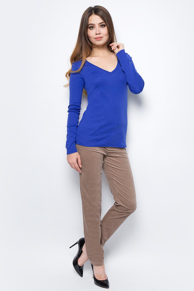 Лонгслив женский United Colors of Benetton, цвет: синий. 3GA2E4136_366. Размер XS (40/42)3GA2E4136_366Лонгслив женский United Colors of Benetton выполнен из натурального хлопка. Модель с V-образным вырезом горловины и длинными рукавами.