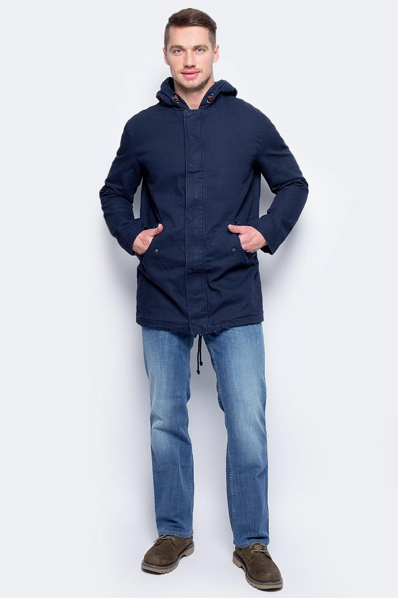 Куртка мужская United Colors of Benetton, цвет: синий. 2DMH539F8_06U. Размер 502DMH539F8_06UКуртка мужская United Colors of Benetton выполнена из хлопка. Модель с длинными рукавами застегивается на застежку-молнию.
